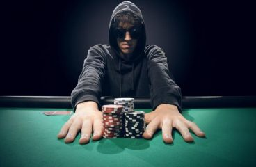 Play Online Casino to Get Rich – The Real Deal